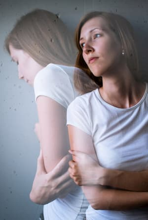 La fobia social es un miedo intenso a ser evaluado negativamente por los demás. En la Clínica Persum le ofrecemos tratamientos orientados por su personalidad.